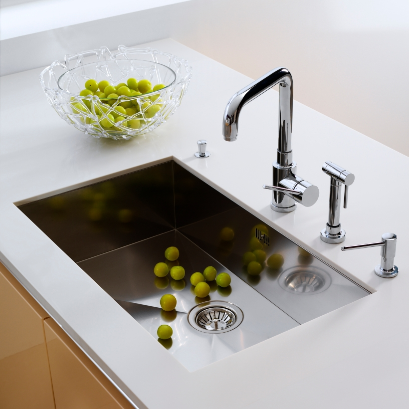 Kitchen faucet, kitchen tap, kitchen sink